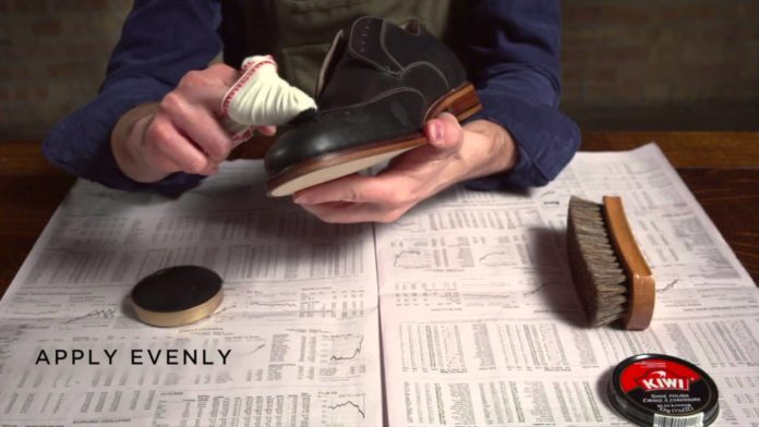 Polishing shoes